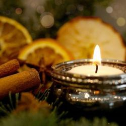 Christmas perfumes and delights